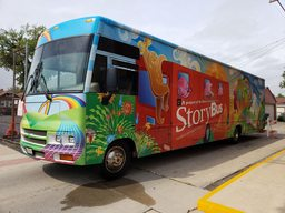 Storybus visits McKinley