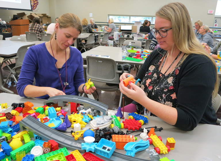 Building an innovative educational foundation: Kindergarten teachers to incorporate STEAM with Lego