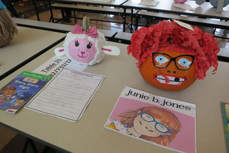 An academic pumpkin patch: Lincoln first-graders book reports double as festive fall décor